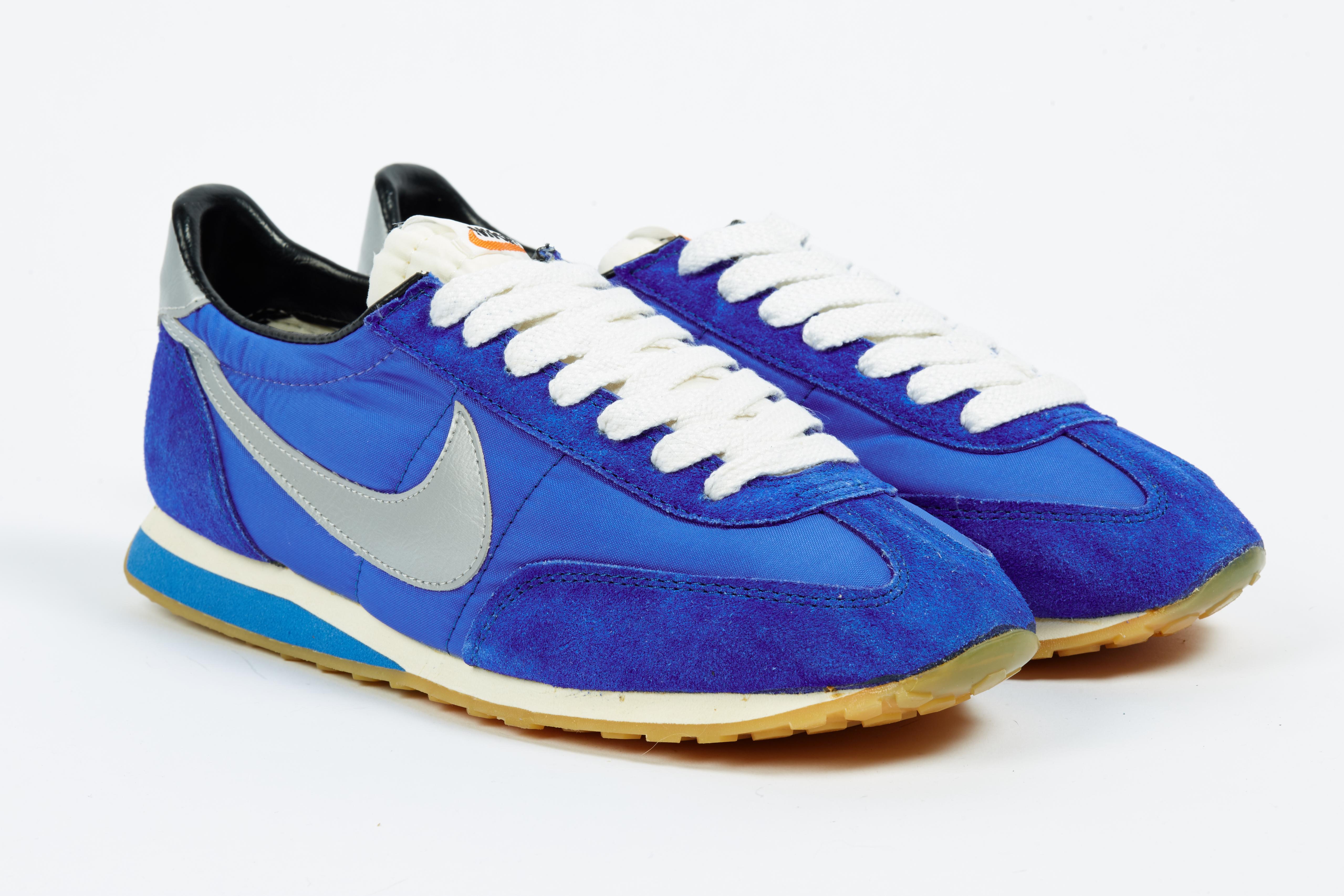 roadrunner running shoes